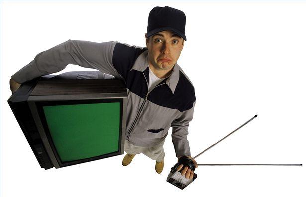 TV-repairman-1